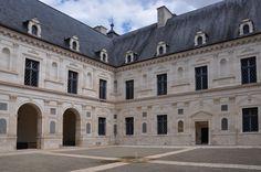 Inner courtyard of Château d'Ancy Le Franc, Burgundy, France designed by Italian architect Sebastiano Serlio #Renaissance