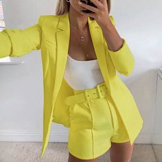 hot sale new 2019 ins explosion Women's clothing autumn long sleeve cardigan jacket shorts solid color two-piece Lady suit real – Hot Products Cute Casual Outfits, Short Outfits, Chic Outfits, Fashion Outfits, Formal Outfits, Look Blazer, Blazer And Shorts, Blazer Suit, Belted Shorts