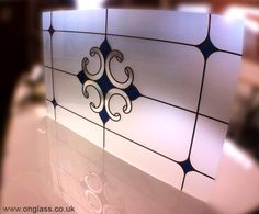 Etched glass background to leaded glass