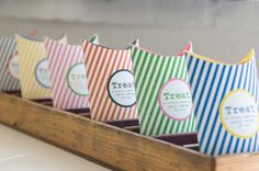 Adorable free printable favor boxes!  So many possibilities with these!