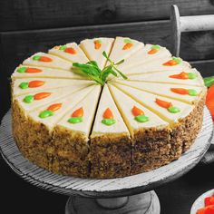 Carrot cake - Beet cake recipe You are in the right place about Easter Recipes Dessert Here we offer you the most - Easy Vanilla Cake Recipe, Chocolate Cake Recipe Easy, Easy Cake Recipes, Homemade Chocolate, Chocolate Recipes, Easy Desserts, Baking Recipes, Dessert Recipes, Healthy Chocolate