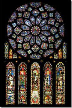 janela em formato de rosa catedral de chartres