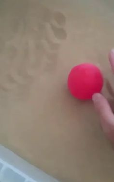 "If you blow air through sand it becomes a ""fluidized bed"" and acts just like a liquid fun funny funny pics Fluidized Bed, Much Wow, Oddly Satisfying Videos, Find Gifs, Just Amazing, Awesome, Science Projects, Weird Facts, Mind Blown"