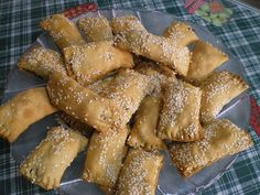Eliopita, Eliotes or Eliopitakia are Cypriot olive pastries made either as a bread, as a roulade, as turnovers or a pie, served as snacks. Greek Appetizers, Greek Desserts, Greek Recipes, Italian Recipes, Food Platters, Food Dishes, Best Greek Food, Cyprus Food, Greek Dinners