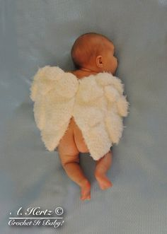 Crochet Angel Wings Cover Photo Prop Pattern - Newborn. $5.00, via Etsy.