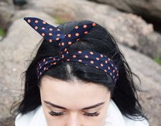 Check out this item in my Etsy shop https://www.etsy.com/ru/listing/251432912/polka-dot-headband-wire-headband-pin-up