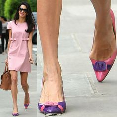 Amal Alamuddin-Clooney with her bunions pushing out the sides of her pink-and-purple pointy-toe pumps as she leaves her apartment in Notting Hill in London, England, on May Fashion Fail, Fashion Models, Chrissy Teigen Model, Iman Model, Bunion Surgery, Knee Surgery, Tailors Bunion, Michelle Yeoh, Dame Helen