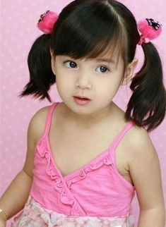 Chinese Little Girls   This girl will break a lot of boys hearts when she grows up