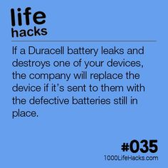 Improve your life one hack at a time. 1000 Life Hacks, DIYs, tips, tricks and More. Start living life to the fullest! Hack My Life, Simple Life Hacks, Useful Life Hacks, Duracell Battery, Battery Hacks, 1000 Lifehacks, Diy Cutting Board, Things To Know, Good To Know