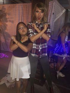 Taylor with a fan in Loft '89 Nashville! 9.25.15