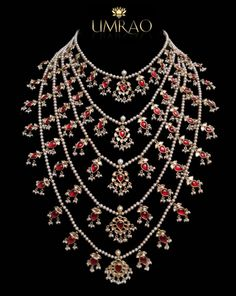 satlada – good design – could've used a few emeralds beads - Gold Jewelry India Jewelry, Pearl Jewelry, Antique Jewelry, Gold Jewelry, Beaded Jewelry, Jewelery, Diamond Jewellery, Gold Necklaces, Trendy Jewelry