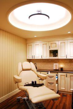 Avanti Medispa & Spa: Medical, Day Spa Design by Leslie McGwire, via Behance
