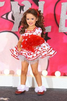 Child pageant glitz