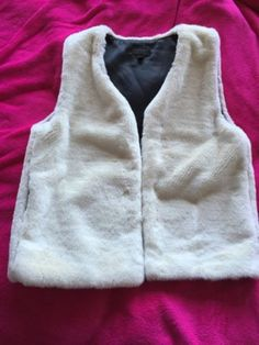 Ladies-Girls-Winter-White-Faux-Fur-Gillet-By-Topshop-Size-8