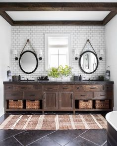 [New] The 10 Best Home Decor (with Pictures) - Happy We're loving this modern rustic bathroom design featuring dark countertops! What is your favorite detail from this space? Photo: Change & Co. Bad Inspiration, Bathroom Inspiration, Bathroom Ideas, Rustic Bathroom Designs, Bathroom Storage, Rustic Chic Bathrooms, Bathroom Cart, Navy Bathroom Decor, Rustic Bathroom Lighting