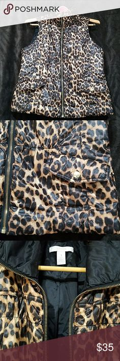 Chico's puffed leopard vest sz1 Super soft and comfy vest in great used conditions. Chico's Jackets & Coats Vests