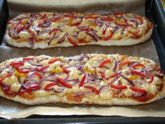 Mega zapiekanki wiejskie Polish Recipes, Hawaiian Pizza, Junk Food, Vegetable Pizza, Food And Drink, Cooking Recipes, Vegetables, Recipes, Dinners