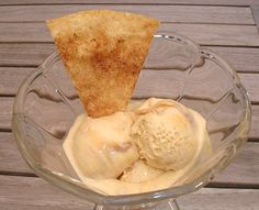 Dulce de Leche-Eiscreme mit Tortilla-Crisps