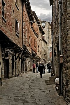 Street in Cortona; it seems that time stood still for 400 years, Italy