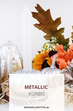 Wir haben in einem Halloween-DIY aus einem Kürbis einen stylischen Metallic Kürbis gezaubert! Table Decorations, Inspiration, Halloween, Diy, Home Decor, Autumn Decorations, Homes, Nice Asses, Ideas