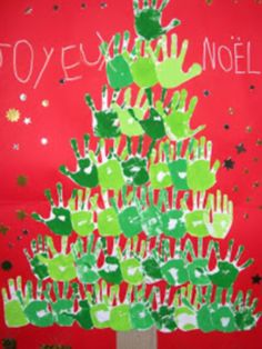 Kids' Crafts ~ Paint a tree using only hands and paint. and with time for collective cleanup 😀 Preschool Christmas, Christmas Activities, Christmas Crafts For Kids, Christmas Projects, Simple Christmas, Winter Christmas, Christmas Themes, Kids Christmas, Handmade Christmas