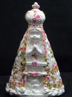 Nossa Senhora Aparecida Florzinhas - alt14 x 9 cm. - Artesanato