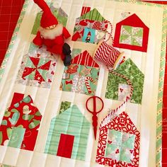 This was a fun #miniquilt to make.... happy memories of last Christmas. #minidwell #thimbleblossoms #christmasquilt                                                                                                                                                                                 More