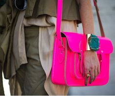 lov thr bright pink paired with neutrals!