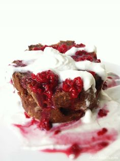 Clean dessert, without paying for it later. Raspberry White Chocolate (non-) Bread Pudding!! Even clean eaters, need a sweet treat!