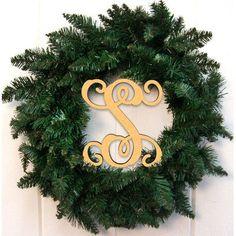 """aMonogramArtUnlimited 24"""" Holiday Wreath Finish: Gold, Letter: E"""