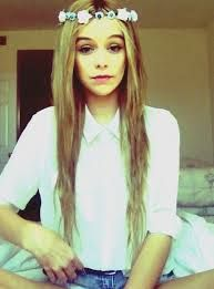 Hey hey I'm Acicia. I'm 17. I'm not that talkative and I'm pretty shy....Single but plz intro?