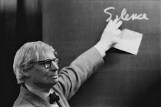 Louis I. Kahn during the lecture at the ETH Zurich.