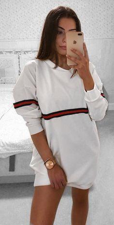 2a41723903 A(z) must have nevű tábla 19 legjobb képe   Dressing up, T shirts és ...