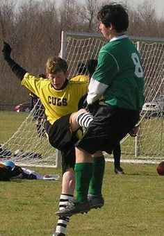 Funny Picture - Soccer High Kick