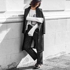 Insouciant tailoring with @kelly_love_com  Photo: @bloggers_boyfriend