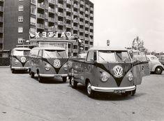 Vw Kombi Van, Vw Bus T2, Volkswagen Type 2, Volkswagen Transporter, Vw T1, Car Camper, Combi Vw, Vw Cars, Vw Beetles
