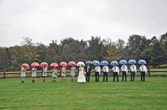 farm wedding   hilary knegt photography   matt & brittany old field   rainy wedding   umbrella   country wedding   newmarket   photography