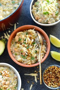 When you need a warm meal to thaw out your bones, this White Chicken Quinoa Chili is just what you need! It's made with chicken breast, quinoa, white beans, and salsa verde...oh and cauliflower crunchies on top!