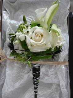 Bouquet De Mari E Retombant Roses Callas Lierre Et Asparagus Id Es Bouquet De Mari E