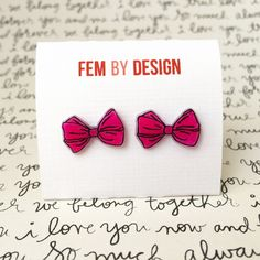 Hot Pink Bow Earrings, Pink and Black Bow Earrings, Black and Pink Bow Jewelry Pin Up Jewelry, Handmade Bow Earrings, Shrink Plastic Jewelry by FemByDesign on Etsy                                                                                                                                                                                 Más