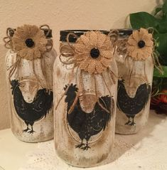 Rooster Decor Country Home Rooster Lover Housewarming Gift Prim Rooster Jar Country Kitchen Burlap Decor - Home Decor Ideas Mason Jar Projects, Mason Jar Crafts, Mason Jar Diy, Pot Mason, Rooster Decor, Rooster Craft, Rooster Kitchen, Jar Art, Mason Jar Lighting