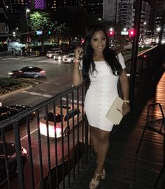 Neutral glam + outfit Toya Wright