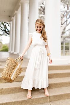 Looking for the perfect white maxi for everything from vacation to bridal showers? I'm sharing my favorite pick today, one of my favorite frocks ever.