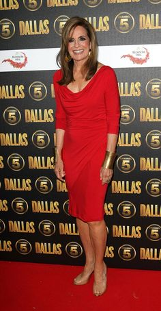Linda Gray (72!) in a great red dress....flattering sleeve length.  But...(note to self)..stand up straight.