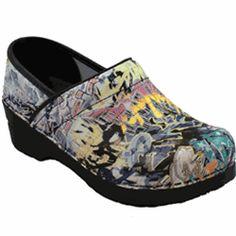 1b7fb035d9 73 Best Nursing shoes <3 images   Dansko shoes, Nursing shoes ...