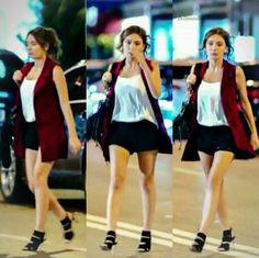 Turkish Men, Turkish Fashion, Turkish Beauty, All Fashion, Fashion Outfits, Womens Fashion, Black V Neck Sweater, Diy Clothes, Casual Wear