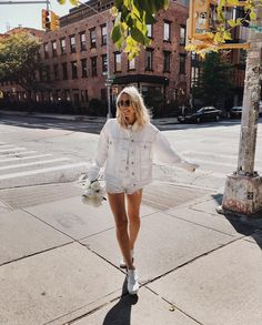 "3,950 Likes, 35 Comments - Viktoria Dahlberg (@viktoria.dahlberg) on Instagram: ""Friday Feelings #happyfriday #ootd #uoonyou #vansgirl #nyc"""