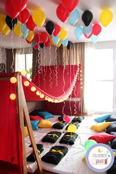 Tenda Grande, Fair Grounds, Birthday, Fun, Mockup, Sketchbook Cover, Sketchbooks, Sleepover Birthday Parties, Lets Go