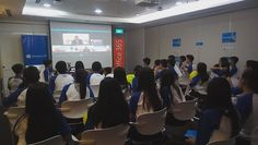 Microsoft Edu PH @msfteduph Public sector director for @MicrosoftASIA Vivek Puthucode skypes with students from Pasig City 🌎 1,486 miles. #Skypeathon #MsftEdu