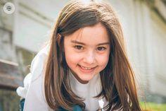 ¡Pongamos una sonrisa como esta que ya es jueves! Ahh... y ¡Feliz San Fermín! #sesiónfotos #sesiónexterior #fotografía #niños #sesionesdivertidas  #precomunión #fotógrafoLugo #fotógrafoGalicia #kidsphoto #girl